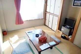 本館和室 (6畳トイレ付)