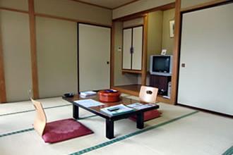 本館和室(トイレ付)