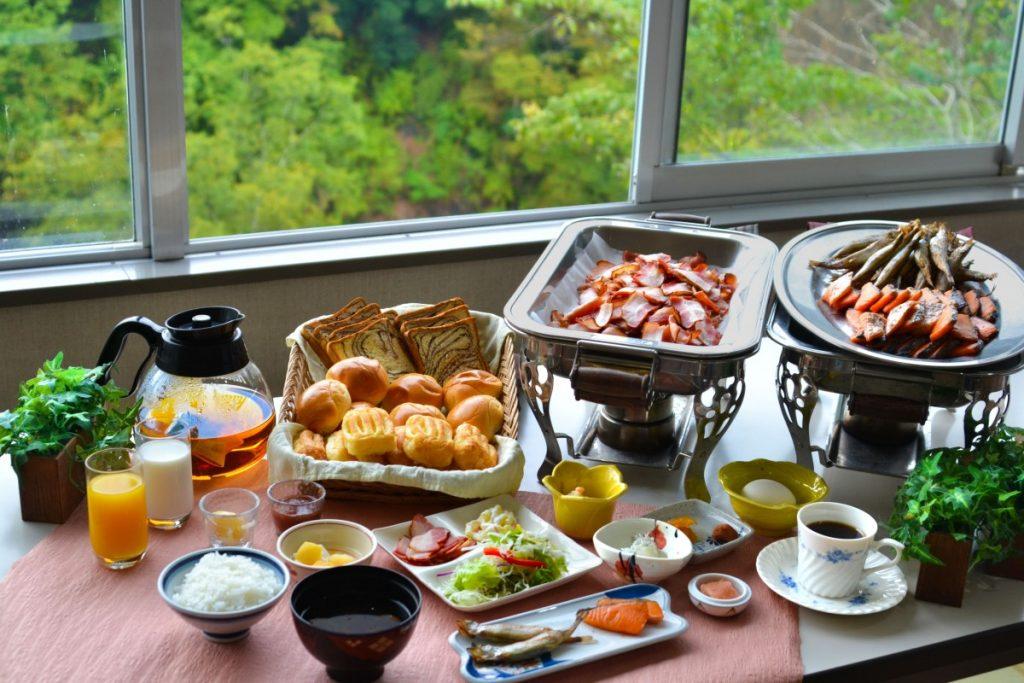 休暇村グループの公共の宿 国民宿舎両神荘 朝食