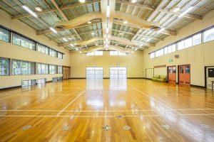 休暇村グループの公共の宿 国民宿舎両神荘 体育館