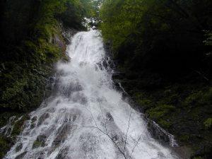 休暇村グループの公共の宿 国民宿舎両神荘 丸神の滝2