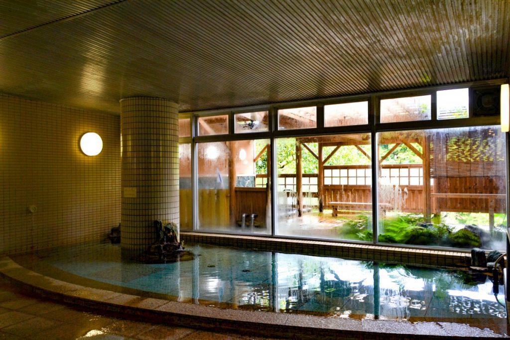 休暇村グループの公共の宿 国民宿舎両神荘 大浴場