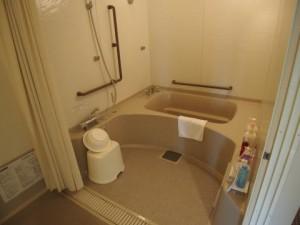 バリアフリールーム浴室