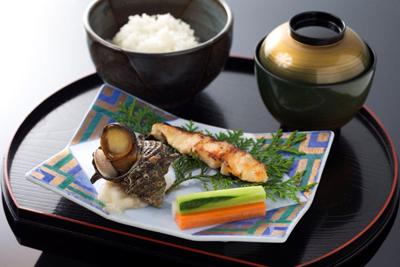 休暇村グループの公共の宿 黒田天下料理