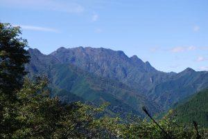 休暇村グループの公共の宿 国民宿舎両神荘 両神山